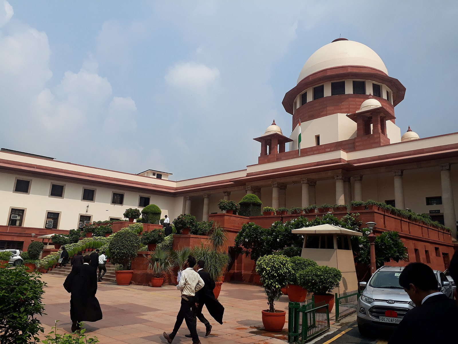 I.C. Golaknath and Ors. v. State of Punjab Case Analysis (Validity of 1st and 7th Constitutional Amendments and Scope of Article 13)